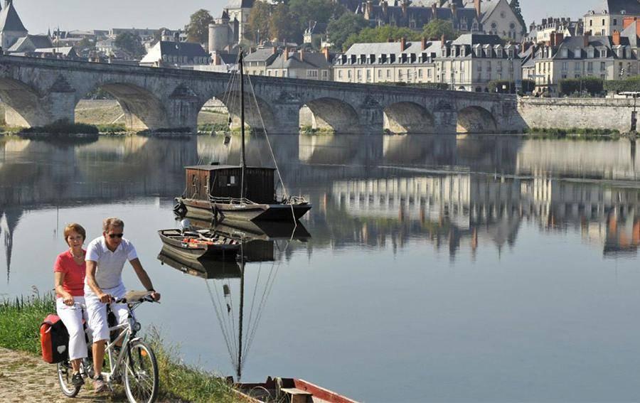 loire à vélo au départ d'orléans